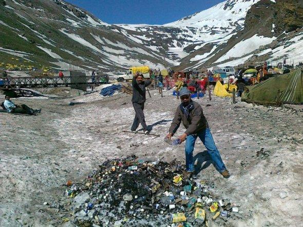 Marhi Rohtang Plastic Garbage