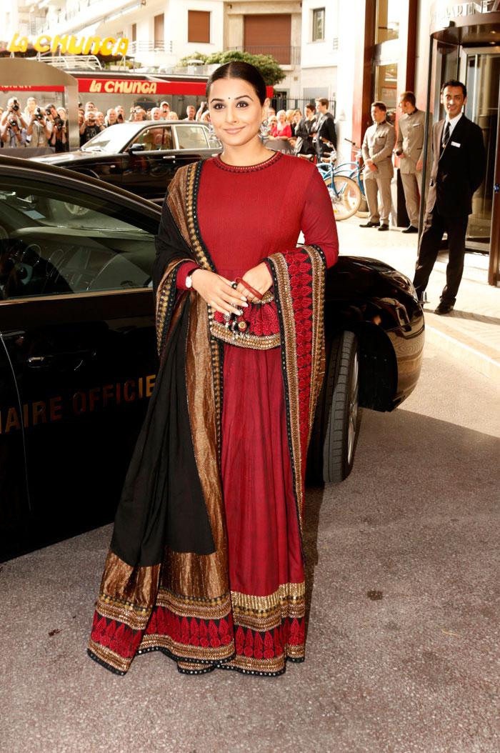 Vidya Balan arrives at Cannes- Look1