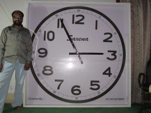 Mother's failing eyesight prompted son to design 6-ft diameter clock