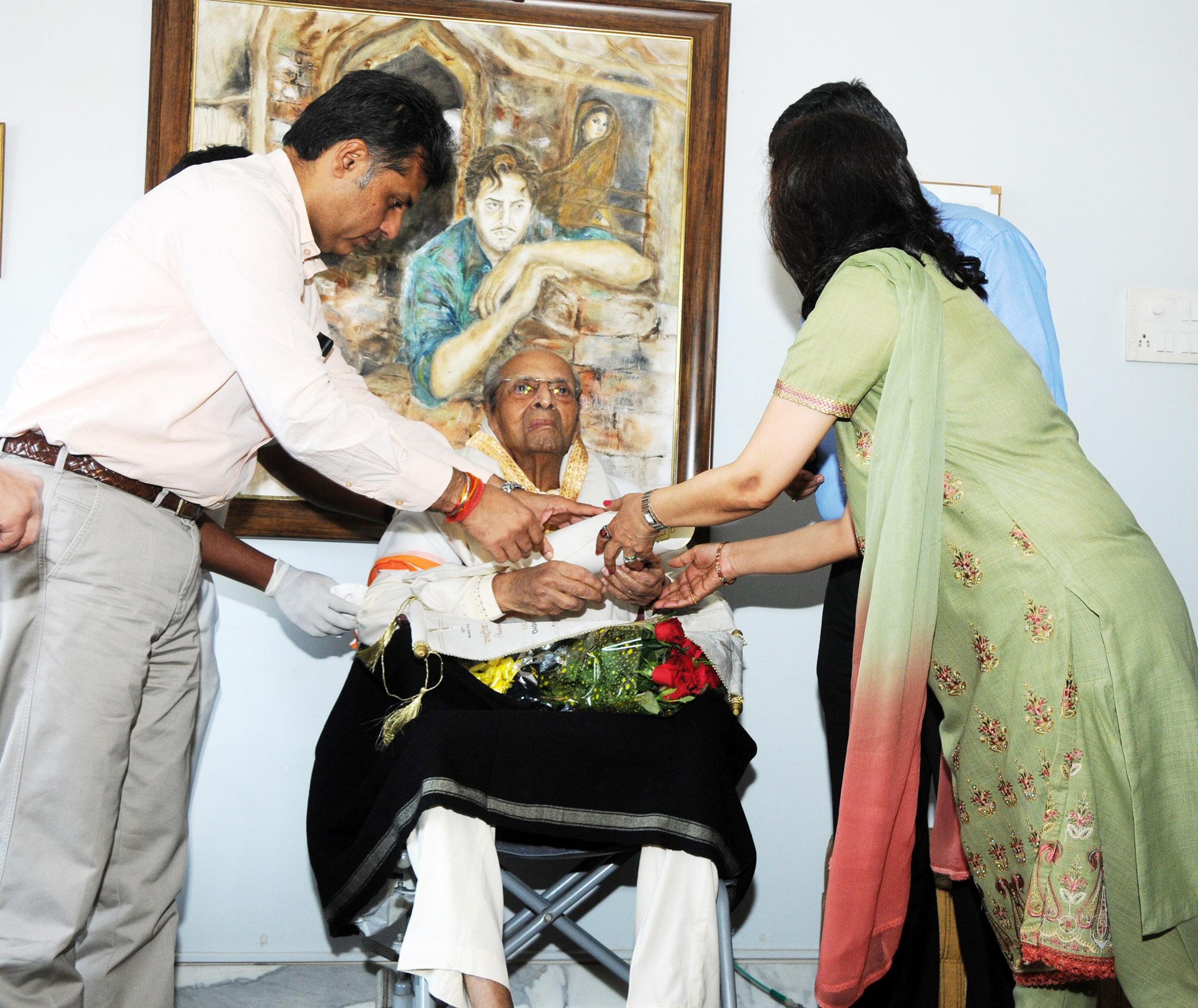 Pran conferred Phalke Award at home