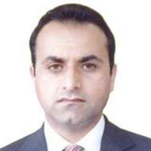Afghan envoy meets diaspora from his country in Kashmir