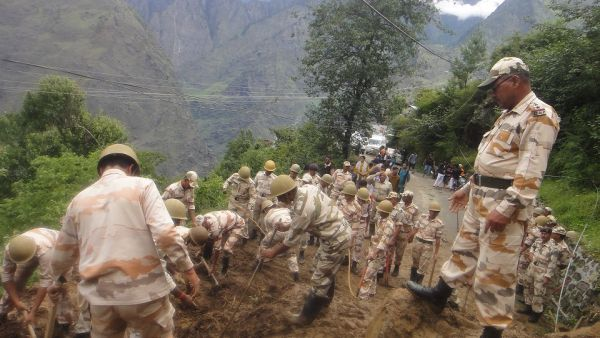 Chaos mars relief and rescue operations in Uttarakhand_3