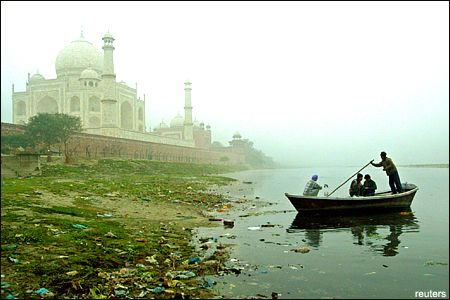 Has Agra lost the battle to pollution? (June 5 is World Environment Day)