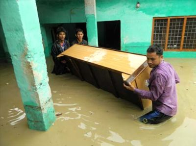 Heavy rains hit life in north India, wreak havoc in Uttarakhand