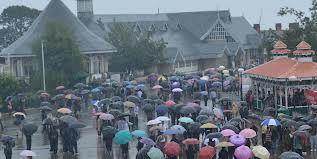 Himachal experiences heavy rain