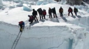 Lawrence School students set Mount Everest record