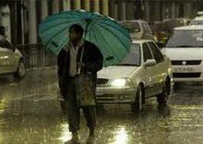 Thunderstorm lashes Chandigarh, mercury dips