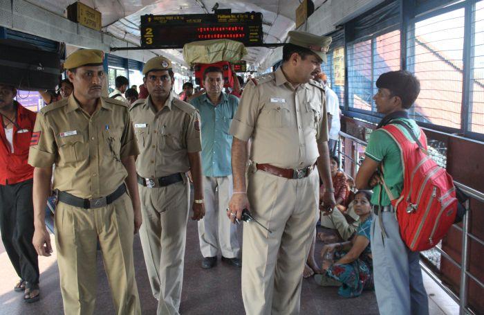 Delhi Police's 'Khoj' for lost children at railway stations_1