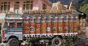 Freight hike to hit apple growers of Himachal