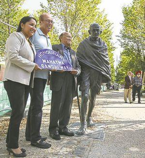Canadian street of Winnipeg city named after Mahatma Gandhi!