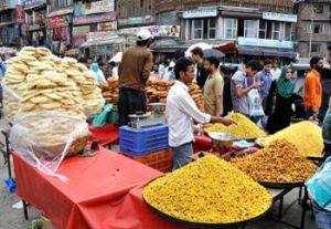 Kashmir locals put their worries behind, prepare to celebrate Eid