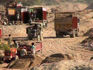 Mining mafia enjoyed political patronage, admitted Virbhadra