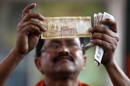 falling-rupee