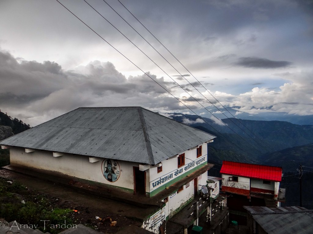 accomodation for pilgrims at Churdhar Peak - Free food and Lodging available