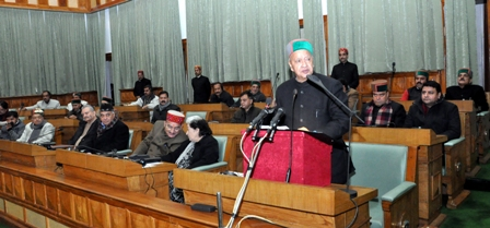 With the opposition missing, Virbhadra presents 2014-15 budget