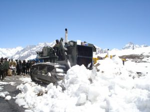 Bro clearing snow on rothang pass